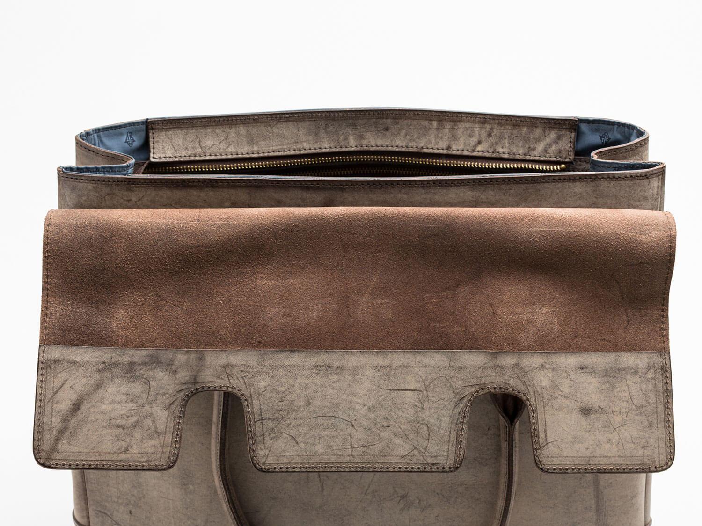 フラップトートバッグ 開口部写真